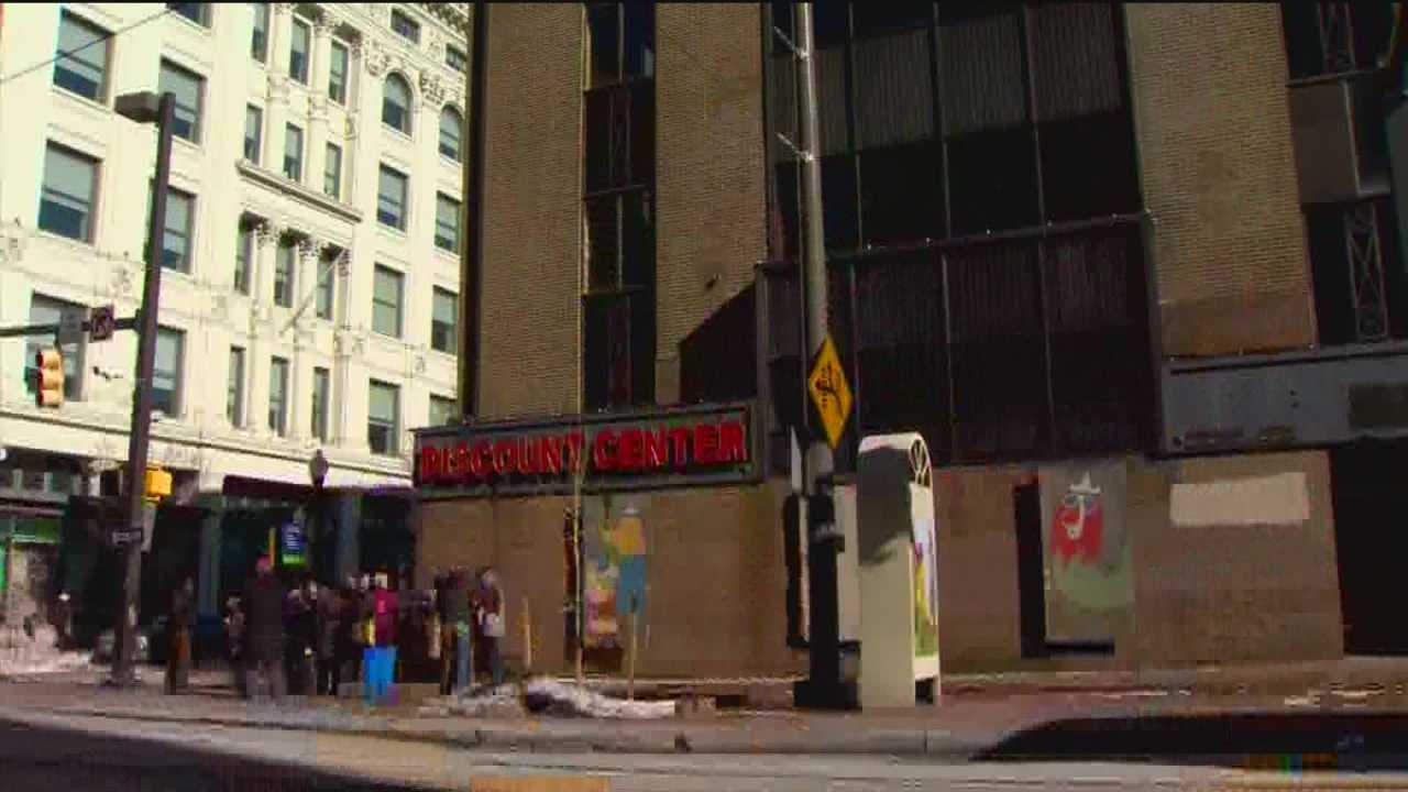 Protesters vow to save Read's Drug Store building