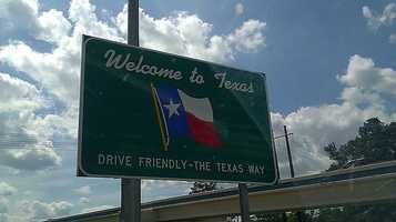 2,047 people moved to Texas.The top three counties that gained residents were Harris, Bexar and Hidalgo.