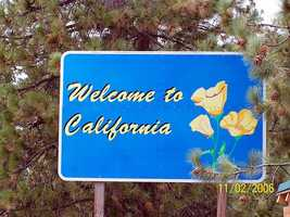 2,372 people moved across country to California.The top three counties that gained residents were Orange, Los Angeles and Monterey.