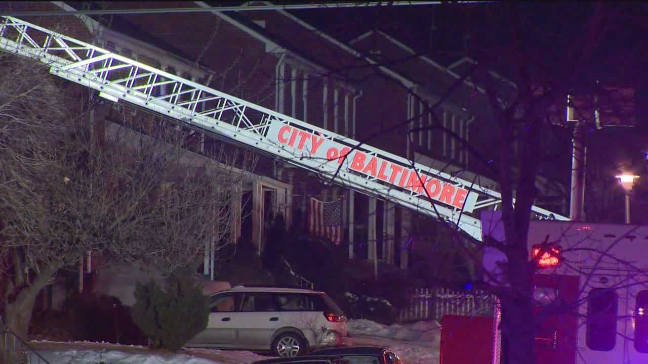 Early-morning fire injures 3 women, 1 critically