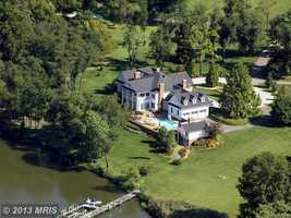 This spectacular waterfront estate sits on 39.4 acres offer distinctive living in Annapolis.