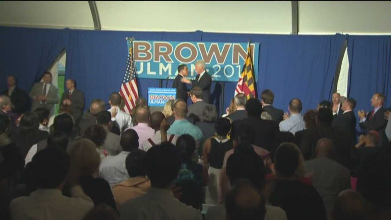 Bill Clinton with Anthony Brown (far shot at fundraiser)