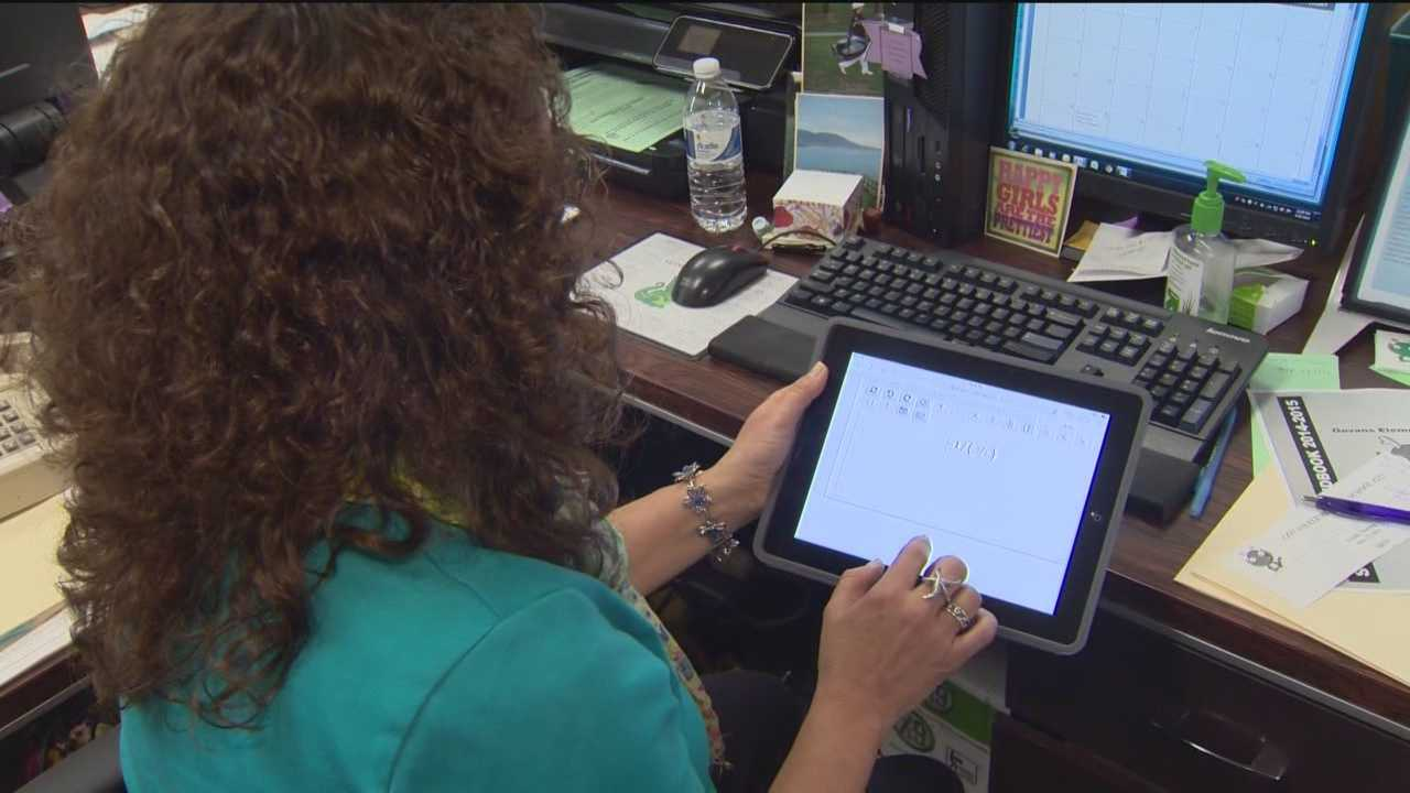 Thieves steal electronics, cash from city school