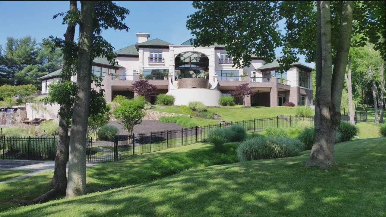 Ellicott City estate up for auction
