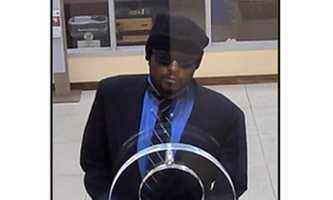FBI seeks serial bank robber