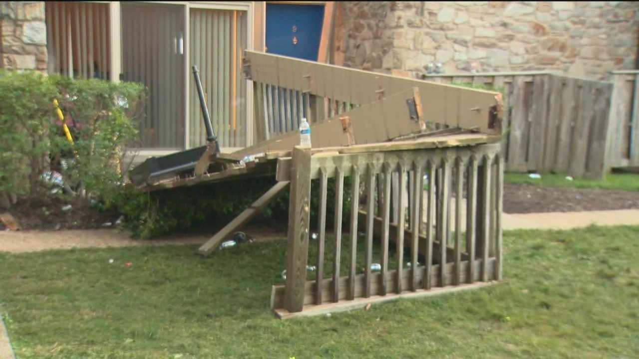 Towson deck collapse