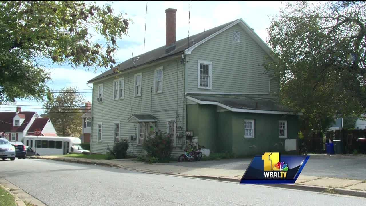 Annapolis woman robbed at knifepoint