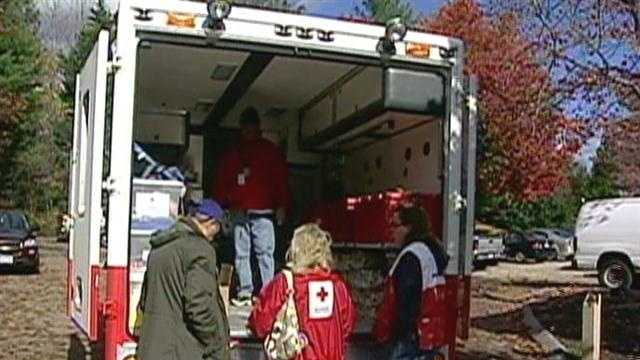 RED CROSS IN NEED - 26525033