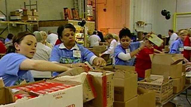 workers at the Maryland Food Bank - 21513446