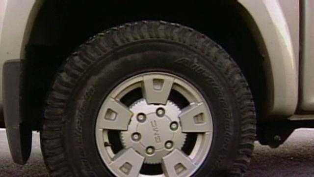 Slashed Tire Image - 18382016