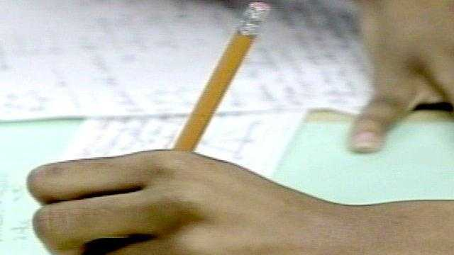 student, school, pencil in hand - 15189245