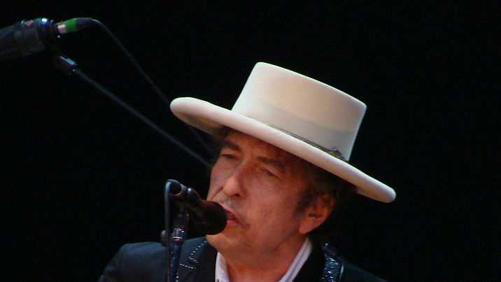 senior celebs - Bob Dylan