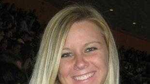 Ashley Donahue - 29914545