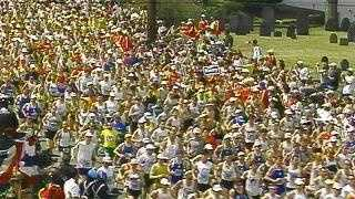 Marathon 04 - pack runners, aerial - 3019069