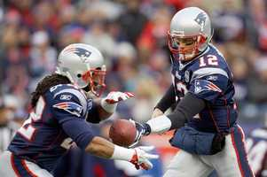 Tom Brady hands off the ball to New England Patriots running back BenJarvus Green-Ellis during the 2012 game