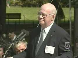 Lee Hanson, who lost a son, daughter-in- law and granddaughter on 9-11, speaks at a ceremony at Boston's Public Garden.