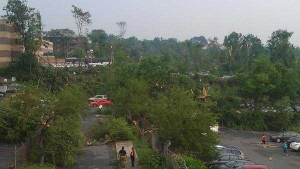 Tornado Springfield damage 6 - 28101002