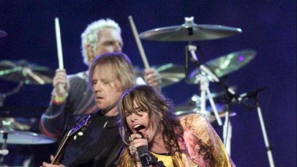 Steven Tyler, Aerosmith, Super Bowl - 30330621