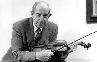 Roman Totenberg was a violin instructor from Poland whose nine-decade career featured concert performances before kings and presidents and helped produce dozens of accomplished musicians. (1 January 1911 – 8 May 2012)