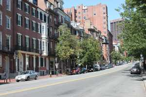 Today Beacon Hill is home to about 26,000 residents.