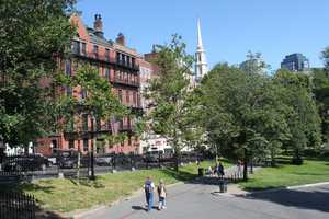 In the 1880s, the feminist Woman's Journal was published on Park Street.