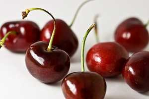 In athletes, tart cherry juice can be used as a recovery drink to reduce muscle inflammation.