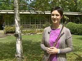 Elizabeth Rowe was once a Fellow (in 1996) and is now principal flute.