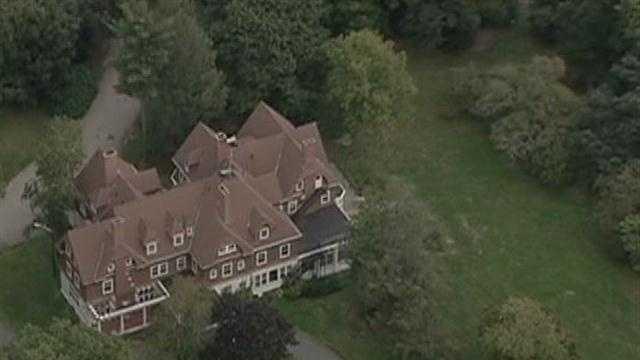 Gay couple sues church over nixed house sale