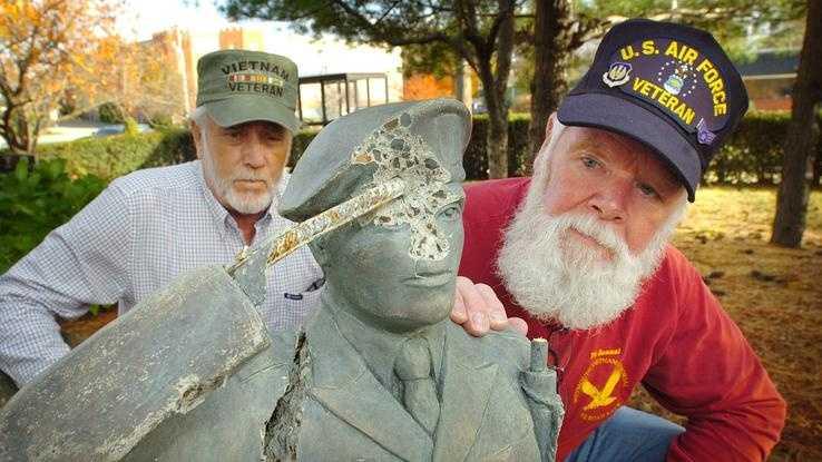 Weymouth Veterans Vandalism