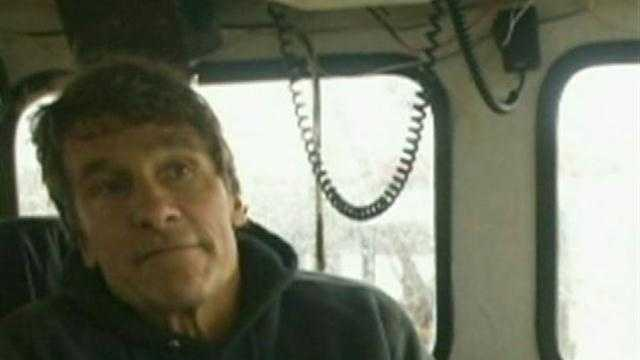 Search for missing fisherman suspended