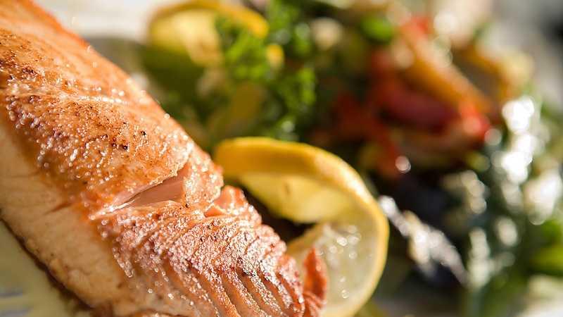 Fish Dinner Plate.jpg