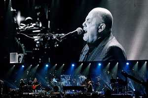 "Billy Joel performed one of the last century's favorites, ""New York State of Mind."" Joel's ""Miami 2017 (Seen the Lights Go Out on Broadway)"" sounded prescient, with new Sandy-fueled lyrics smoothly fitting in. He was also the only artist to mark the season, working in a little of ""Have Yourself a Merry Little Christmas."""