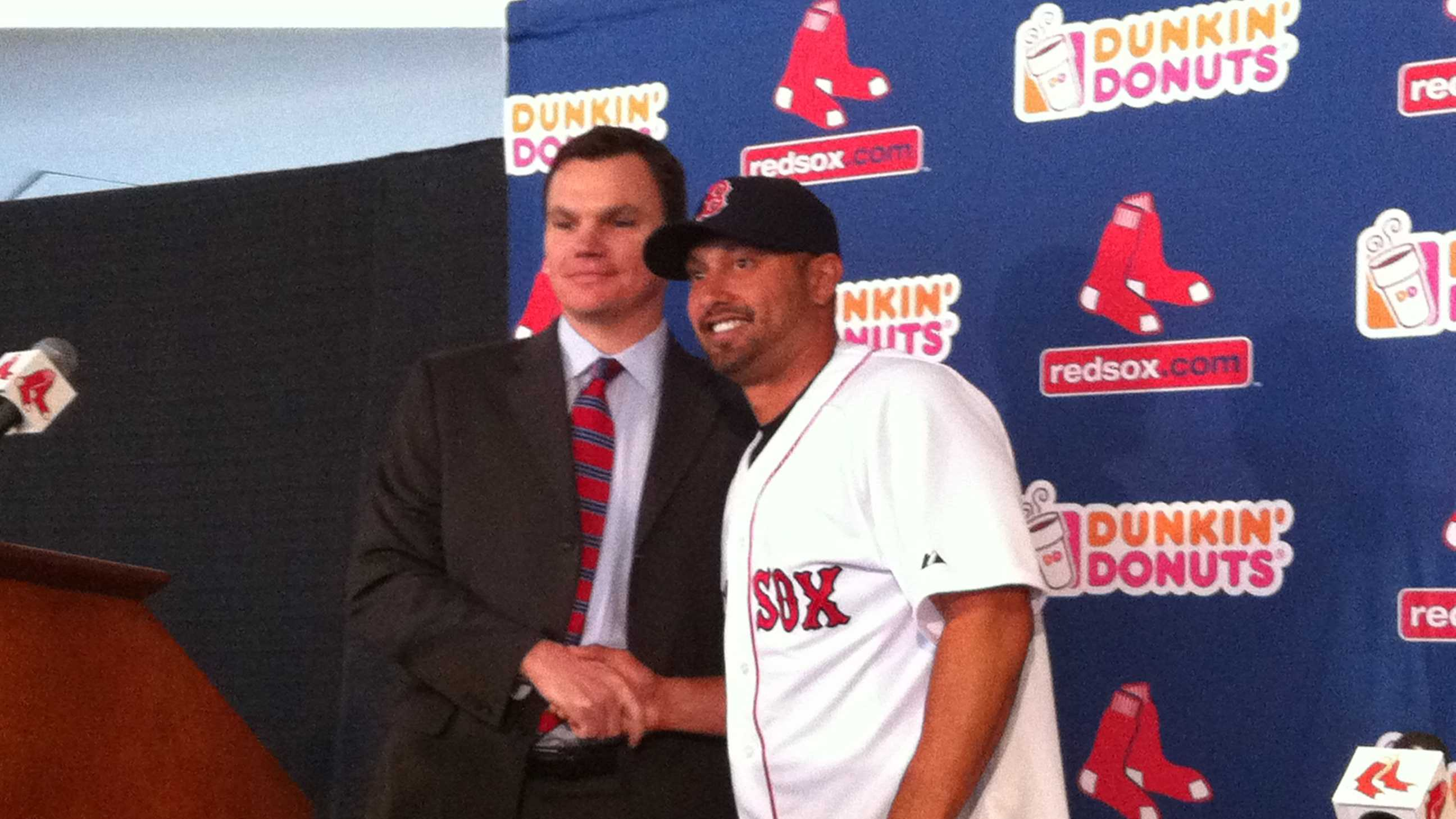 Shane Victorino introduced by Ben.JPG