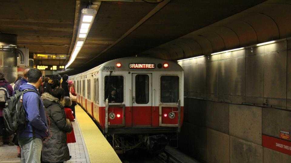 Red Line MBTA platform
