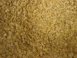 Oatmeal can boost energy, reduce cholesterol and helps maintain blood sugar levels.