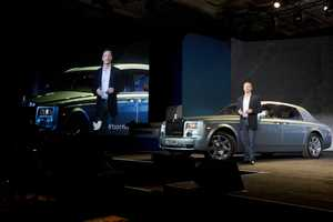 Qualcomm Halo technology which would wirelessly charge the Rolls Royce 102EX experimental electric vehicle.