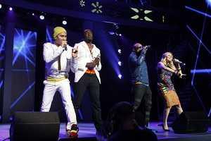 "1. ""Hey Mama"" – The Black Eyed Peas"