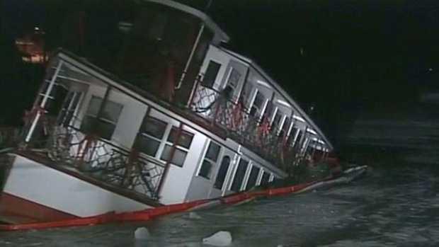 MV Kearsarge Restaurant Ship sinking