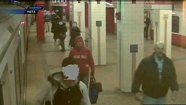img-MBTA ATTACK NEW PICS OF WOMAN