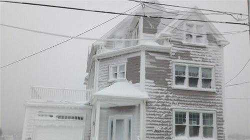 Sciutate Homes Plastered with Snow.jpg