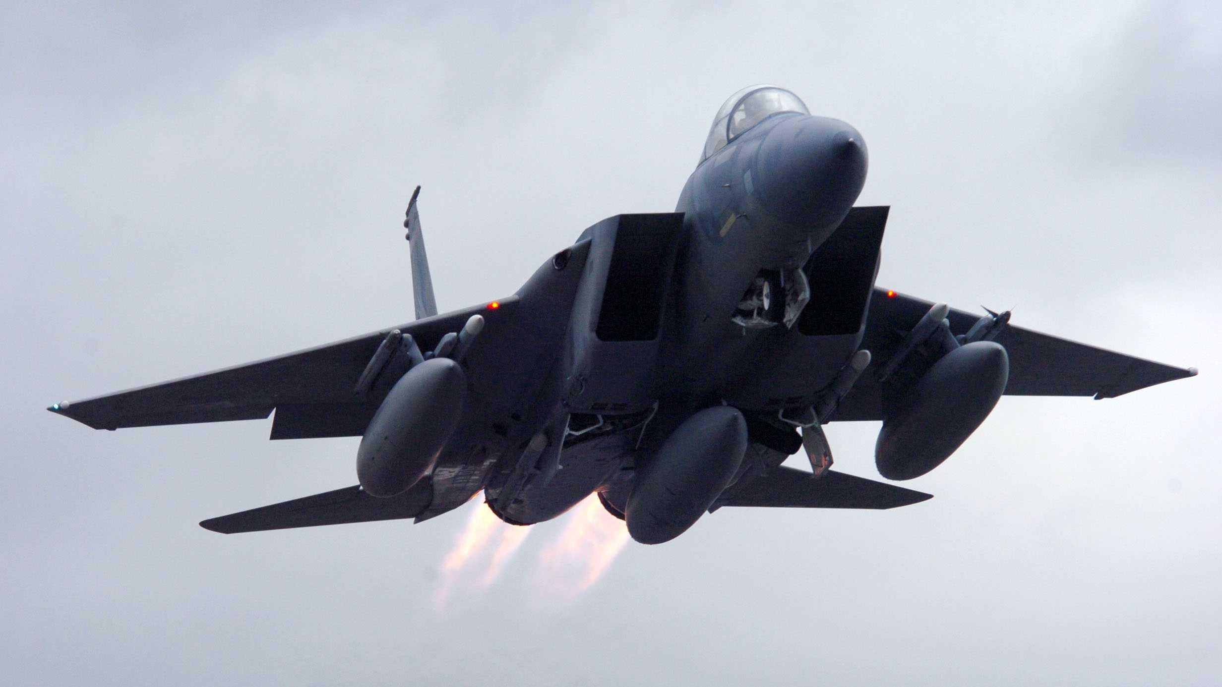 F-15 jet