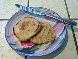 Day 4 Breakfast:1 whole wheat English muffin 1 Tbsp all-fruit preserves