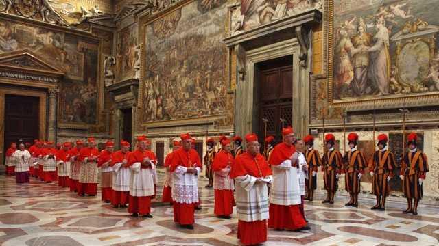 Sistine Chapel 21.jpg