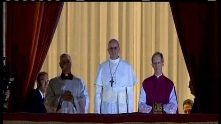 Jorge Mario Bergoglio  (3).jpg
