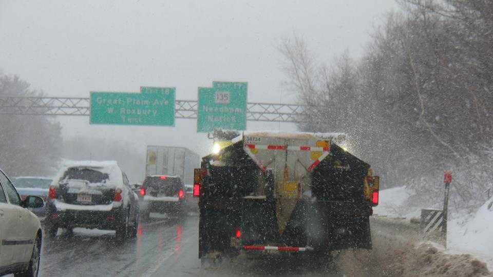 MassDOT Snow I-95.jpg