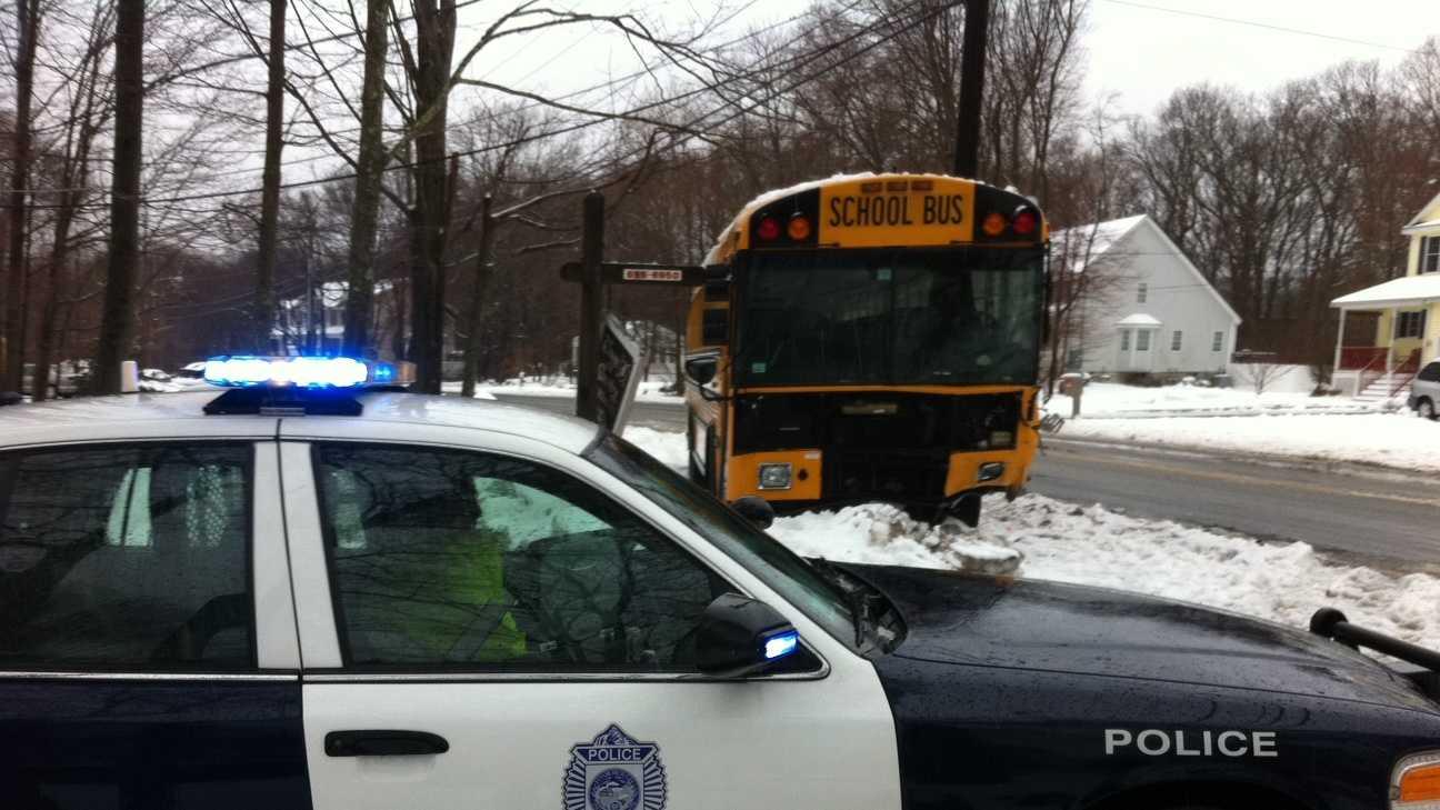 Foxboro Bus Ax 01.JPG