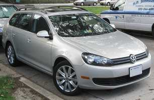 The SportWagen is a wagon style model that uses a diesel engine to deliver smooth acceleration with strong fuel economy. The TrueCar national market average price of the 2013 Volkswagen Golf TDI four-door hatchback is $24,921, 4.1 percent less than the MSRP.