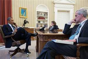 Obama debriefed by FBI Director Robert Mueller.