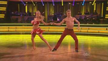 "Tonioli said, ""it was a perfect blend of technique and performance. Everything you would want from a samba was there."""