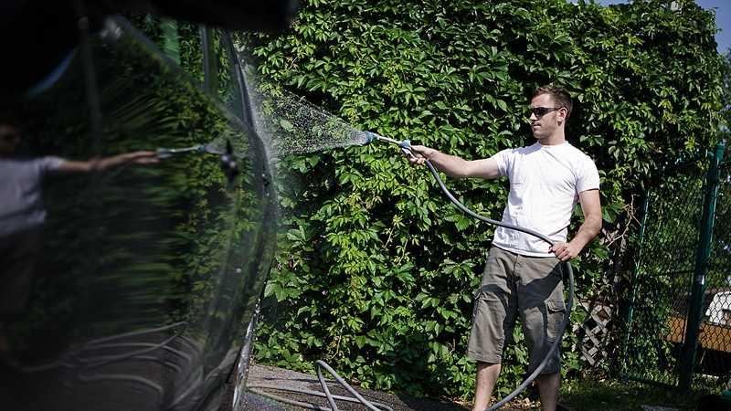 Washing vehicle.jpg